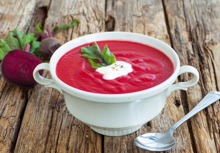 Soupe de betteraves, quinoa et thym